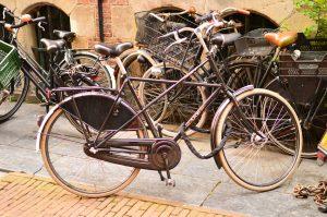 クロスバイク 自転車 異音