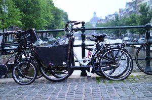 クロスバイク 自転車 通勤