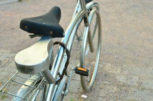 クロスバイク サドル