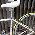 クロスバイク ダボ穴