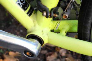 クロスバイク タイヤ交換