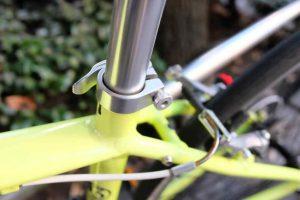 クロスバイク タイヤ交換 クリアランス