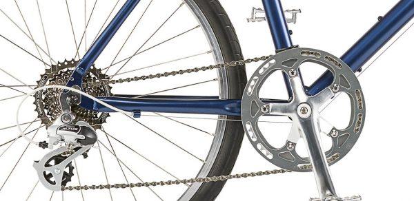 フロントシングルギアとリア8段ギアのクロスバイク